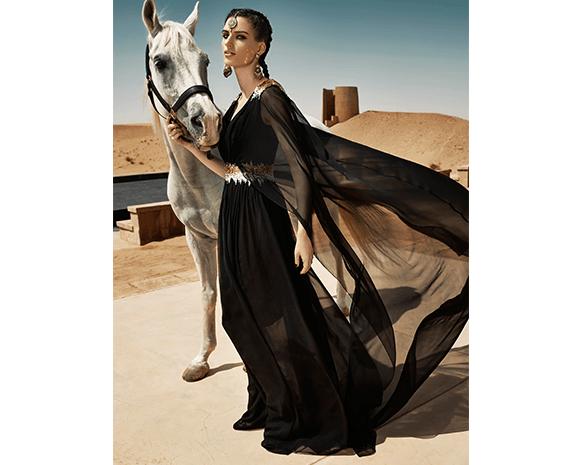 f12813ecb يستعد «فاشن فورورد»، الحدث الأبرز في صناعة الأزياء والموضة في الشرق الأوسط  والحائز مؤخراً على دعم مجلس دبي للتصميم والأزياء، لتنظيم دورته السابعة  بمشاركة ...