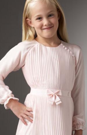 3e9fd91e8 اختاري فستان السهرة الاجمل لاميرتك الصغيرة | نواعم