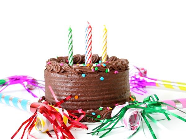 كلام عن عيد ميلاد صديقتي نواعم