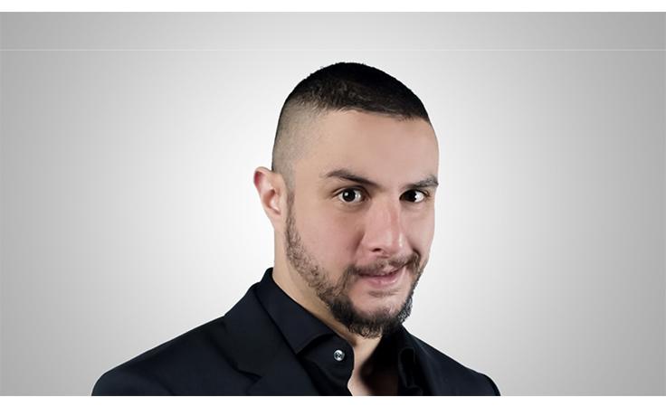 أحمد الفيشاوي يكشف سبب توبيخه لفريق عمل أشرف عبدالباقي