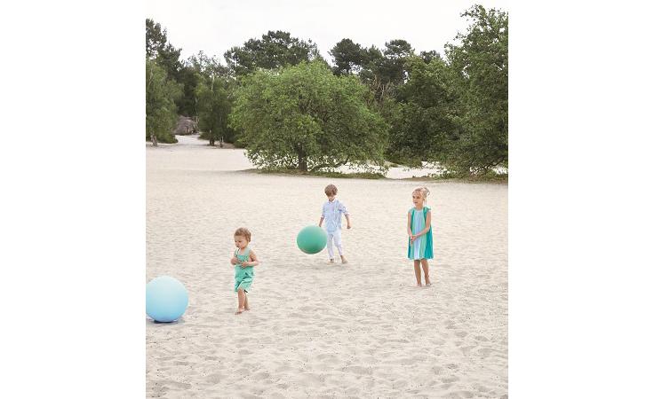 اختاري مجموعة بيبي ديور المفعمة بالحياة لأناقة طفلتك