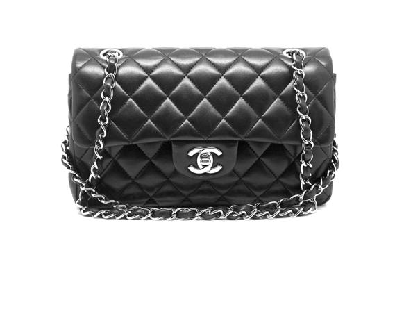 fb308a0ae211c خمس شنط حملتها أروع أيقونات الموضة من حول العالم The 2.55 Bag by Chanel