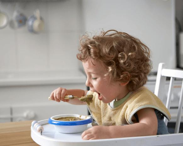 كيف تعلمين طفلك الاستقلالية وفقاً لأسلوب مونتيسوري؟