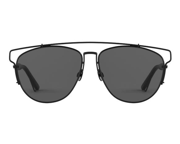 ef905ed1e نظارات ديور تكنولوجيك.. انعكاس مستقبلي لأناقتك | نواعم