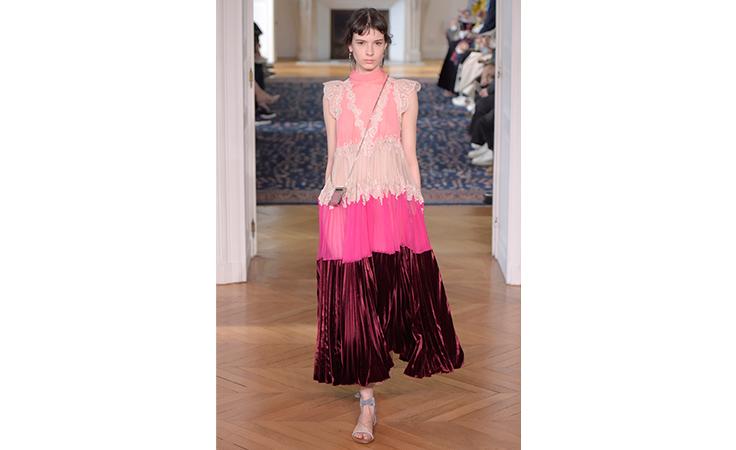 نواعم تختار لك أجمل 20 فستاناً في أسبوع الموضة الباريسي