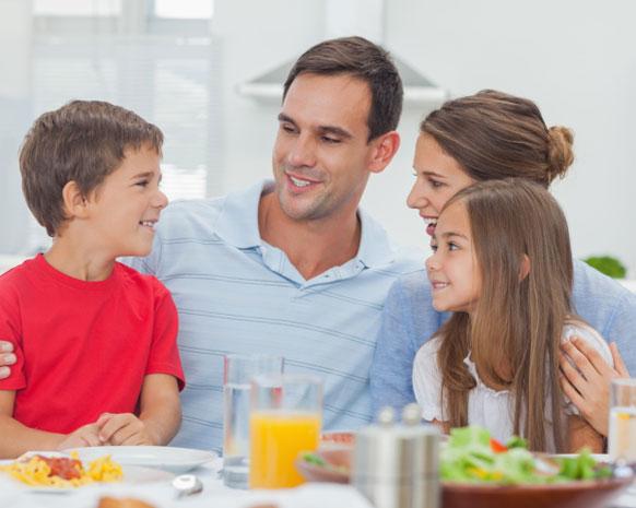 إليك نصائح نواعم لتربية أطفال سعداء و
