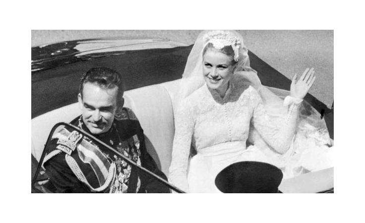 نواعم تعرض لكِ حياة غريس كيلي من السينما إلى العائلة المالكة