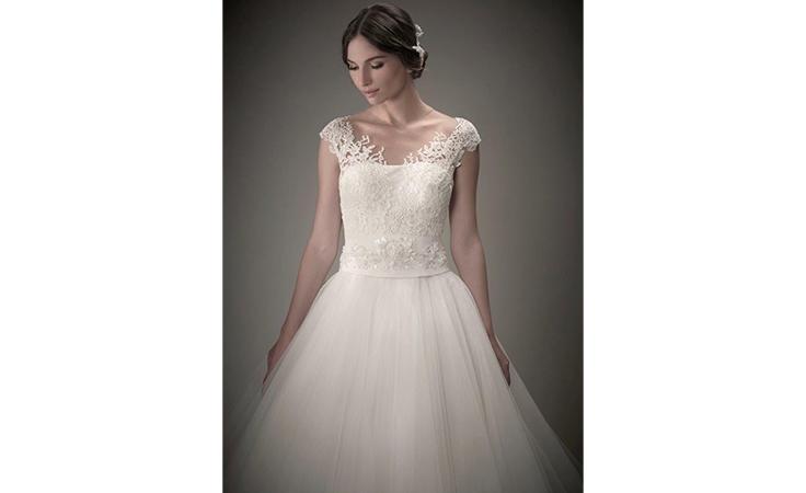 المدير الإبداعي لهزار فاشن: أساس طلة العروس هو التصميم المناسب لشخصيتها