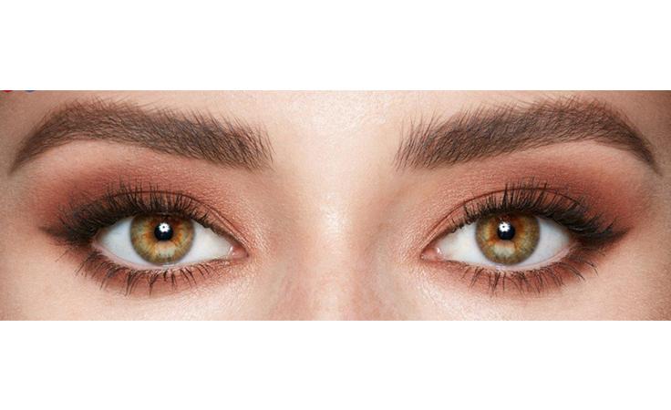 تمتّعي بـ4 إطلالات عيون مع باليت واحدة!