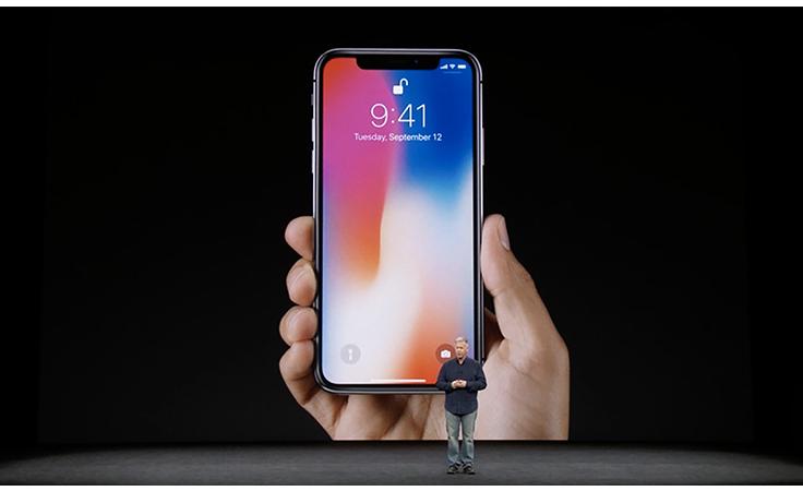 نواعم تعرّفك إلى مميّزات هاتفي iPhone 8 و iPhone X الجديدين