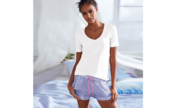 e92d84c02c658 هذه هي ملابس النوم التي يتمنّى زوجك أن ترتديها له!