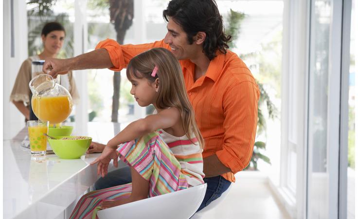 دليلك الشامل للفيتامينات والمعادن التي يحتاج إليها طفلك