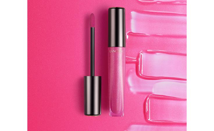 المكياج الزهري هو خيارنا في شهر التوعية ضدّ سرطان الثدي