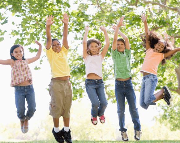 اللعب في الحديقة... يعزّز الكثير من مهارات طفلك