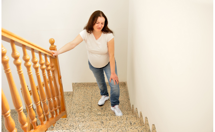 للحامل: هكذا تتخلّصين من ظاهرة ثقل القدمين