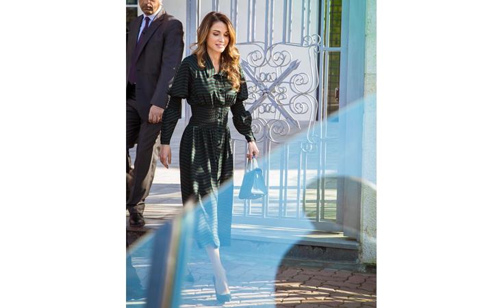 استوحي قواعد الشياكة في الخريف من الملكة رانيا
