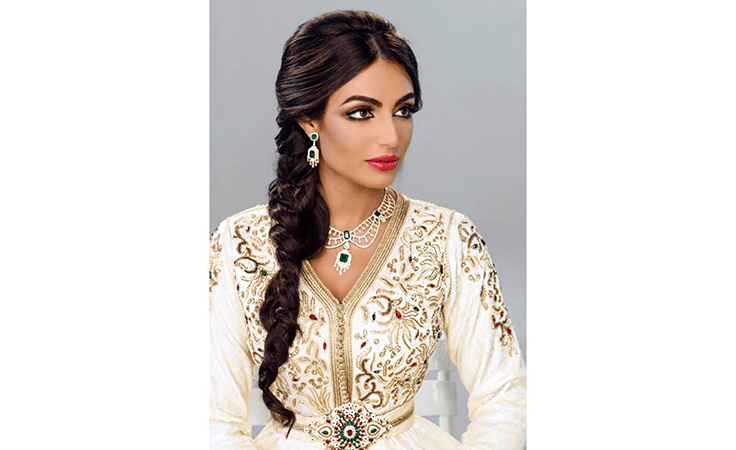 رفيعة الهاجسي: ملكة القفطانات والشياكة في رمضان