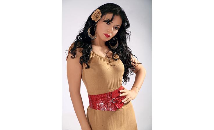 رانيا يوسف توضح لنواعم سبب خروج مسلسلها من السباق الرمضاني