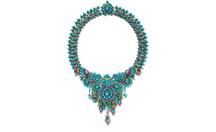 لا بدّ من أن تري المجوهرات الجديدة من تصميم ريهانا لشوبارد (RIHANNA ♥ CHOPARD)