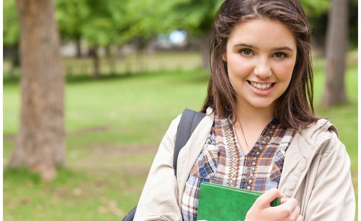 مؤشرات انتقال طفلك من مرحلة الطفولة إلى مرحلة المراهقة