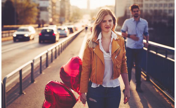 5 مؤشرات تدلّ على تبدّل مشاعرك تجاه الشريك!