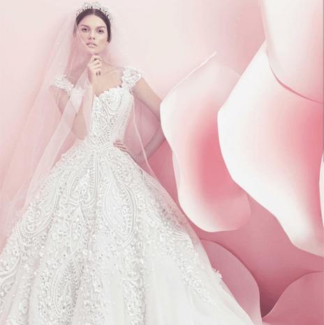 2059225b5809b فساتين زفاف ملكية في تشكيلة مايكل سينكو لربيع وصيف 2016