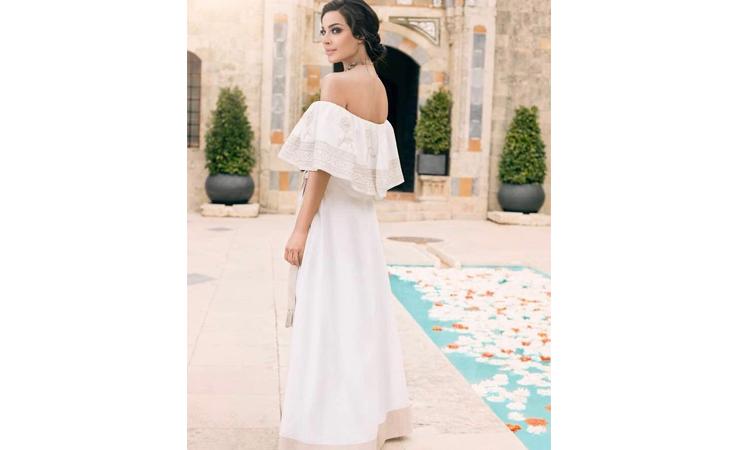 هذا الستايل من الفساتين البيضاء تعشقه النجمات العربيات!