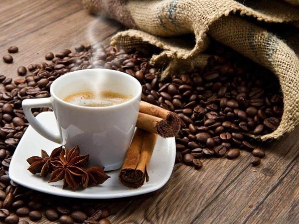 19 اقتباسات عن القهوة Ideas