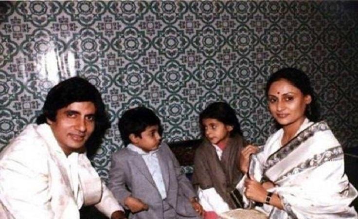 بعد 44 عاما من الزواج أميتاب باتشان ينفصل عن زوجته جايا نواعم