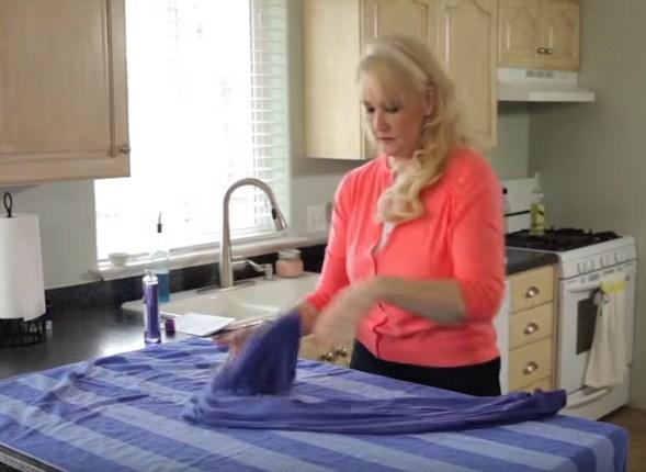 b5badae142984 طريقة مذهلة لإعادة الملابس المنكمشة بعد الغسيل الى حجمها الطبيعي ...