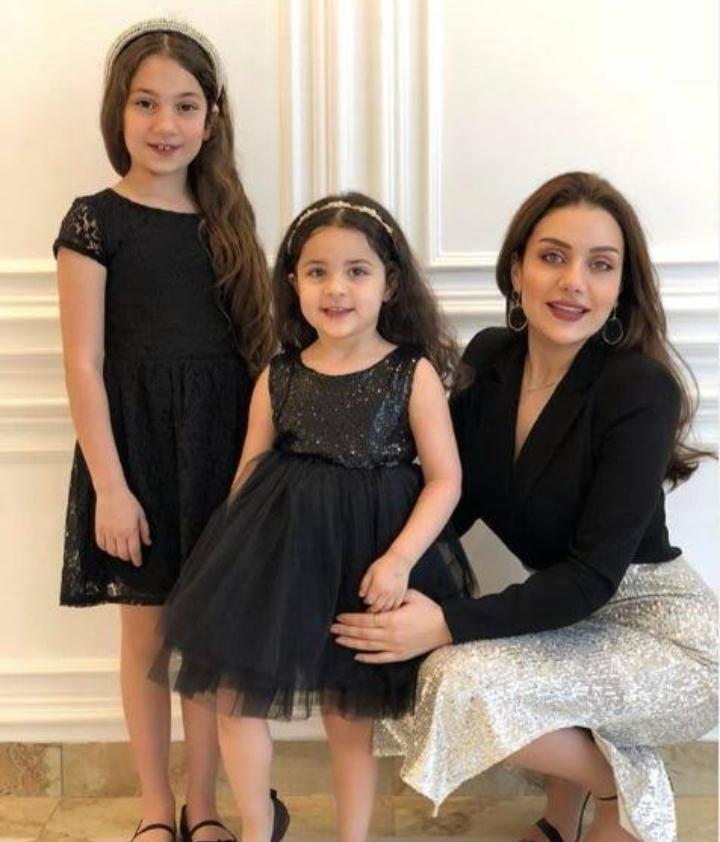 زينب فيّاض وابنتها تغنيان أغنية لوالدتها هيفاء وهبي