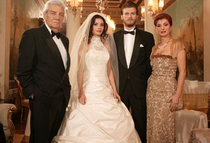 أجمل قصص الحبّ المؤثّرة في المسلسلات التركية...