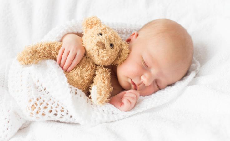 كل ما يجب معرفته عن انسداد مجرى الدمع عند الرضّع وكيف تعالجينه؟