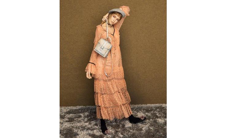 مصممة حقائب سوفيمول: أعشق ذوق المرأة العربية وأتمنى ارتداء العباءة