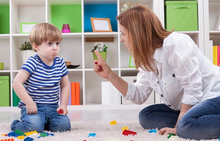 5 خطوات لتتوقفي عن الصراخ في أطفالك