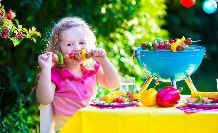 نصائح للحفاظ على صحّة طفلك من لحوم العيد
