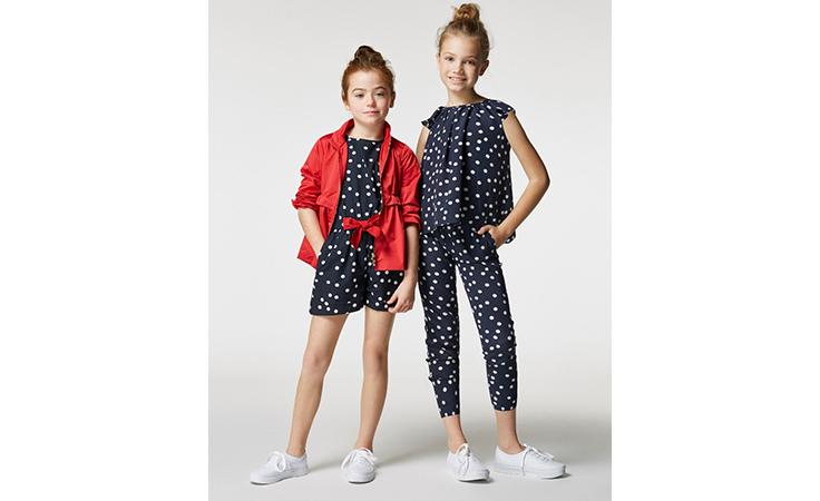 الأم والابنة في أزياء كارولينا هيريرا لربيع وصيف 2017