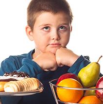 ما هي الأسباب النفسية للسمنة عند الأطفال وطرق معالجتها ؟