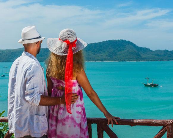 إليكِ.. سبع نصائح في الحب من المتزوّجين