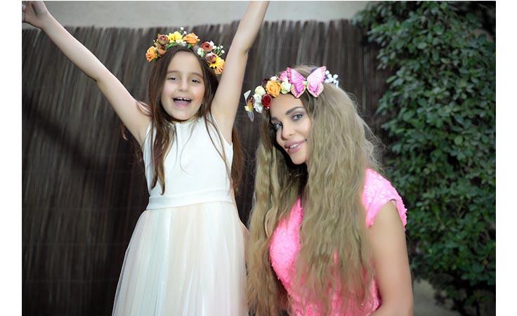ما سر غياب ابنة دومينيك عنها في عيد الأم؟