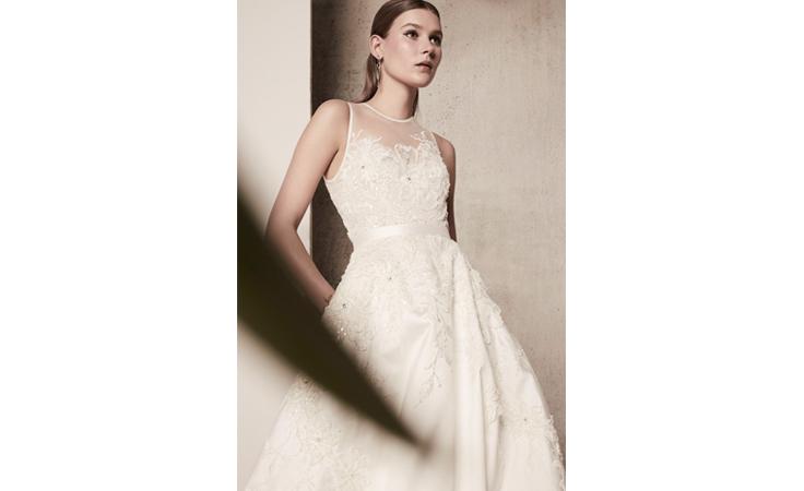 5ebcaeb07 فساتين زفاف إيلي صعب لربيع 2018 تعدك بإطلالة الأميرات | نواعم
