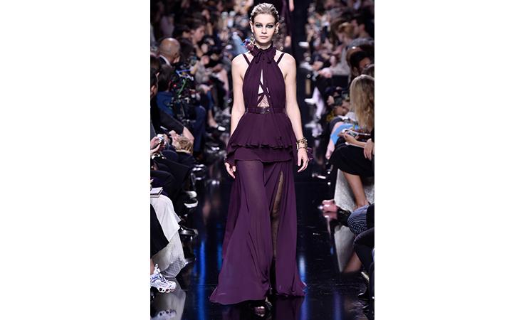 0c456236e هذه هي الفساتين التي ستختارها هيفاء ونانسي من تشكيلة إيلي صعب! | نواعم