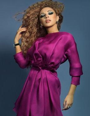Fananat Arab http://www.nawa3em.com/ReadArt.aspx?Id=6959