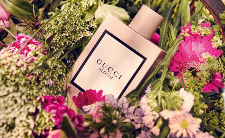 aee10d79b على طاولتنا اليوم: عطر Gucci Bloom بعبير أزهاره المنعشة | نواعم