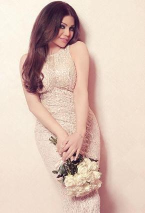 بالصور هيفاء وهبى باطلالة عروس