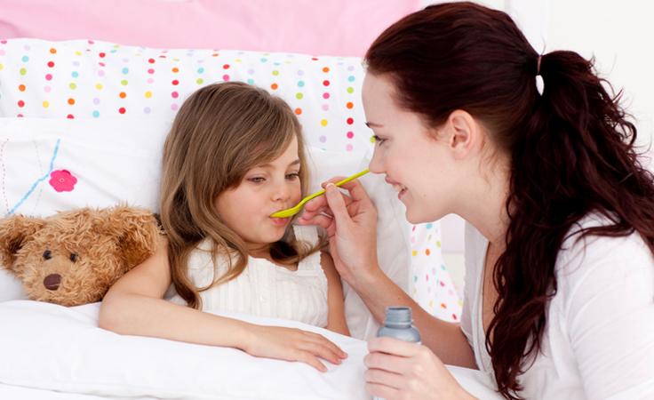 هكذا تعالجين نزلات البرد والزكام لدى أطفالك