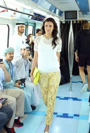 بالصور مترو يتحوّل منصّة أزياء 2013 metro-11-24-01-2013.