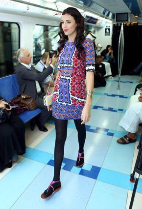 بالصور مترو يتحوّل منصّة أزياء 2013 metro-3-24-01-2013.j