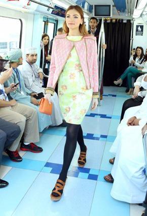 بالصور مترو يتحوّل منصّة أزياء 2013 metro-5-24-01-2013.j