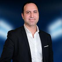 د. محمد من كلينيكا جويل يجيب عن كل أسئلتك المتعلقة بتقنيات التجميل الحديثة